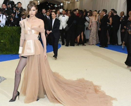 esther palma comunicacion mejor vestidas gala met 2017