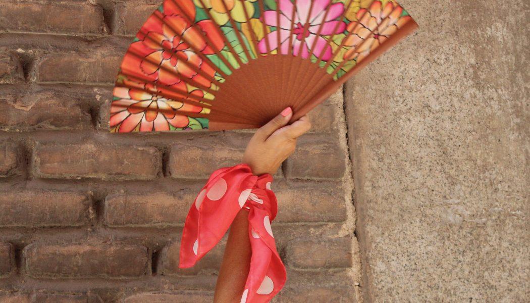 5 formas utilizar un pañuelo de seda natural